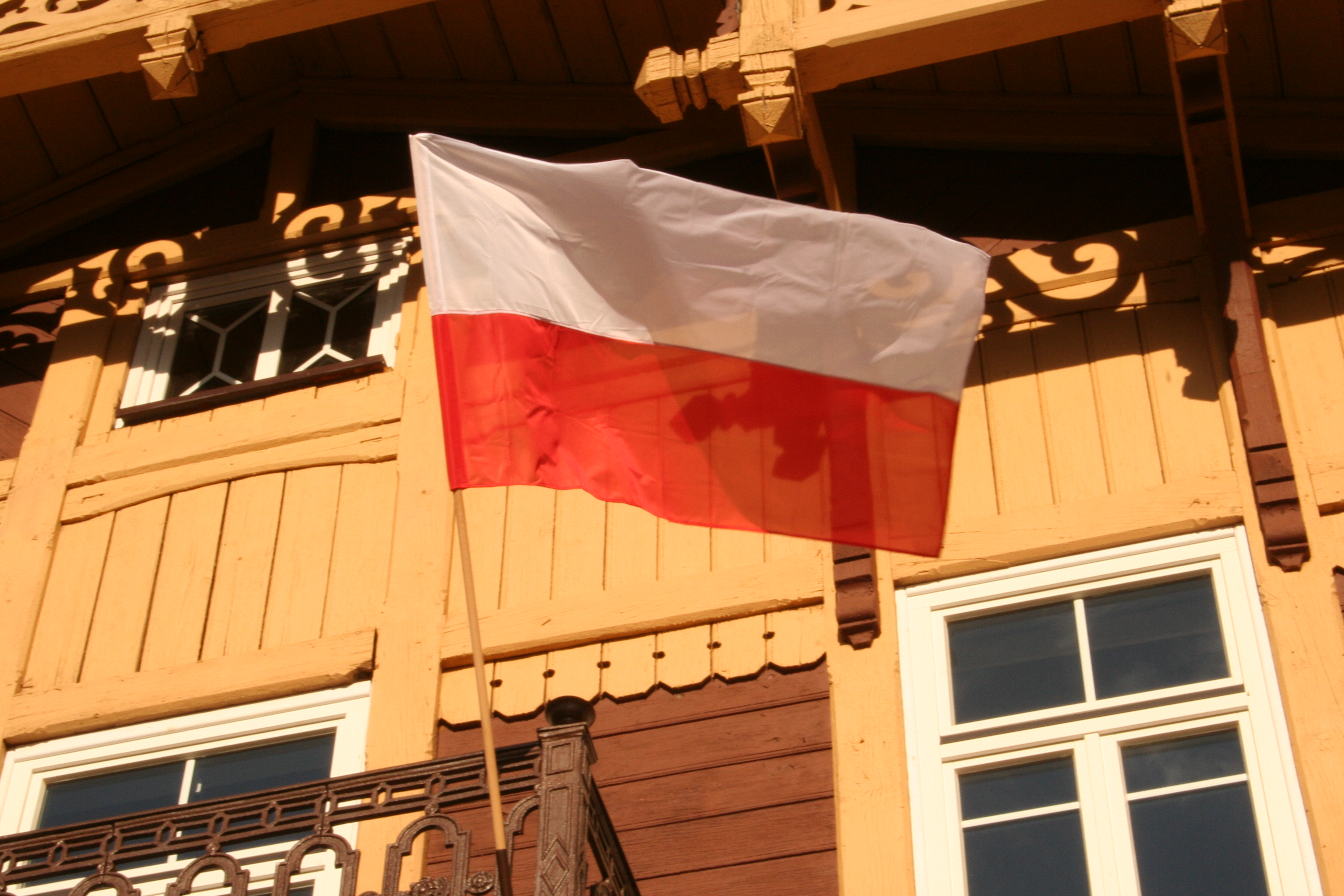 Flag_of_Poland_040