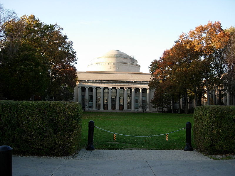 Weekly Round Up: MIT Bitcoin Project, Bloomberg welcomes BTC and Robocoin presents new services